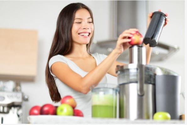 Triturating juicer
